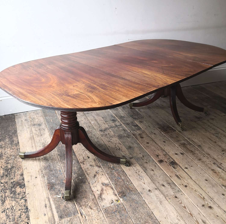 Irish Georgian twin pillar dining table